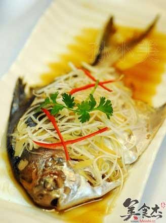清蒸平鱼的做法