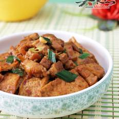 五花肉烧豆腐的做法