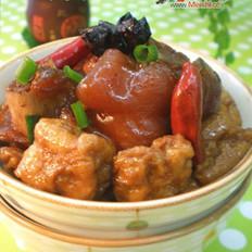 油豆腐烧猪蹄的做法