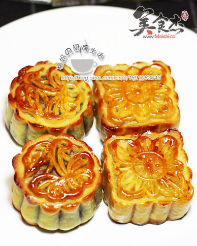 莲蓉蛋黄+豆沙蛋黄广式月饼gW.jpg