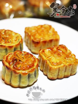 莲蓉蛋黄+豆沙蛋黄广式月饼的做法