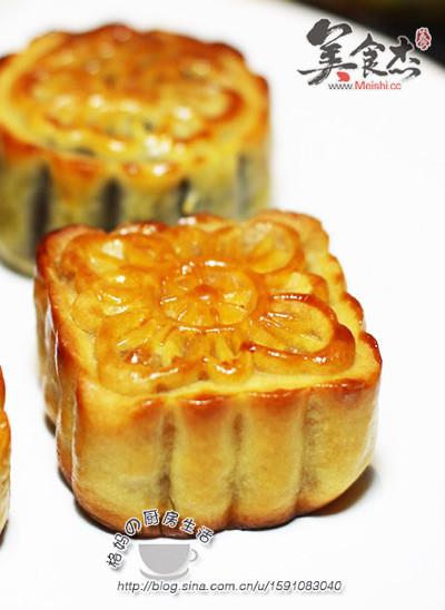 莲蓉蛋黄+豆沙蛋黄广式月饼lM.jpg