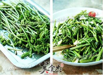 凉拌蕨菜Nc.jpg