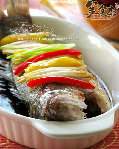 清蒸鲈鱼bQ.jpg