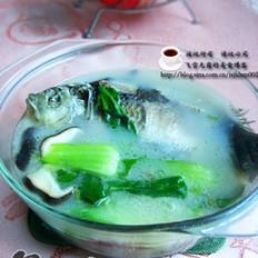 鲫鱼青菜汤 的做法