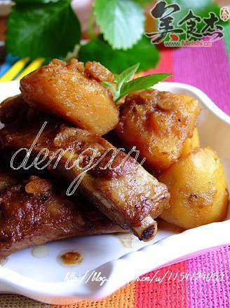 肋排炖土豆的做法