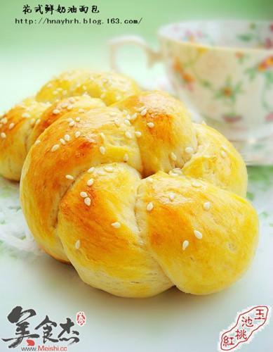 花式鲜奶油面包tP.jpg