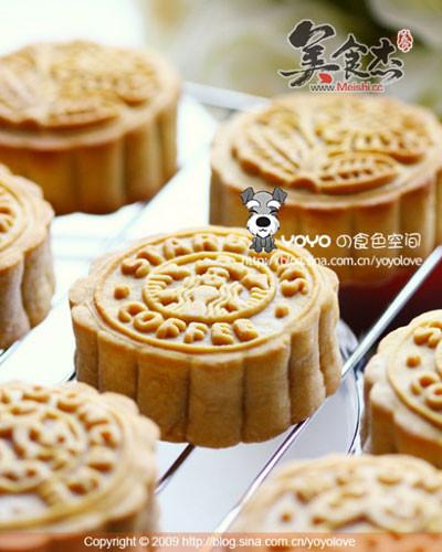 传统自制广式月饼