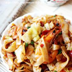 辣味鲜虾炒河粉的做法