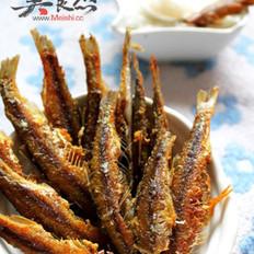 煎小鱼和粥的做法