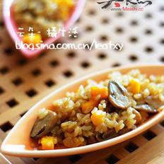 草菇焖饭的做法