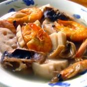 莲藕杂鲜汤