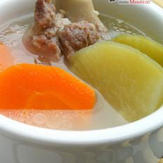 青红萝卜煲猪骨