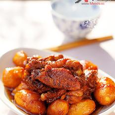 小土豆烧鸡的做法