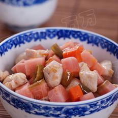 泡菜炒鸡丁的做法