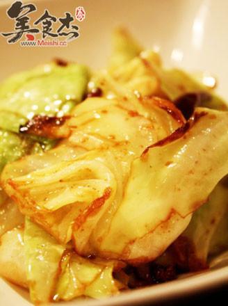 酸酸辣辣开胃菜:手撕包菜的做法