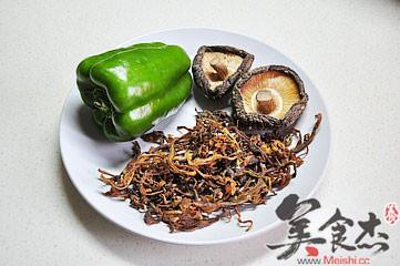 笋干香菇炒青椒Qi.jpg
