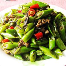 榄菜肉末炒四季豆的做法