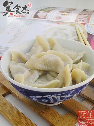 芹菜猪肉饺子的做法