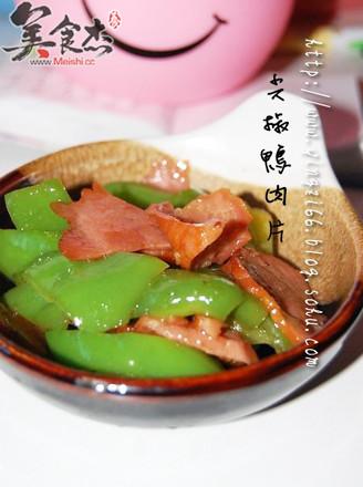 尖椒鸭肉片的做法
