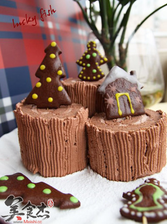 圣诞树桩蛋糕的做法