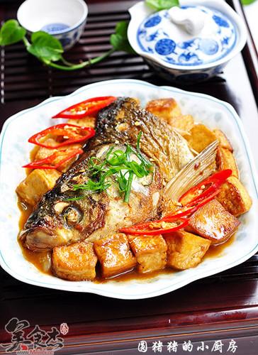 红烧鱼头豆腐Rg.jpg
