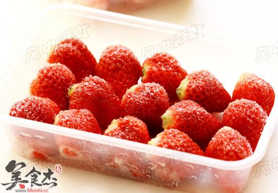 冻草莓的做法_冻草莓怎么做_美食杰