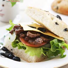 牛肉芝士三明治