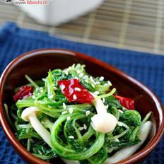 萝卜苗炝拌海鲜菇的做法