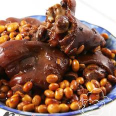 猪手焖黄豆的做法