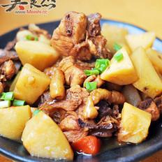 土豆炖鸡大腿的做法