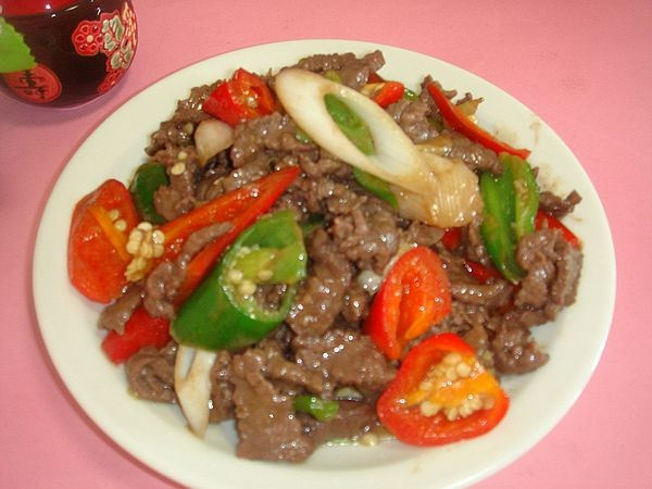 辣椒炒牛肉的做法