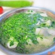萝卜苗芋子汤