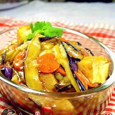 鱼香茄子豆腐煲的做法