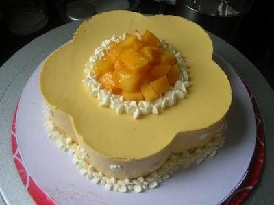 梅花形芒果慕斯蛋糕的制作大全