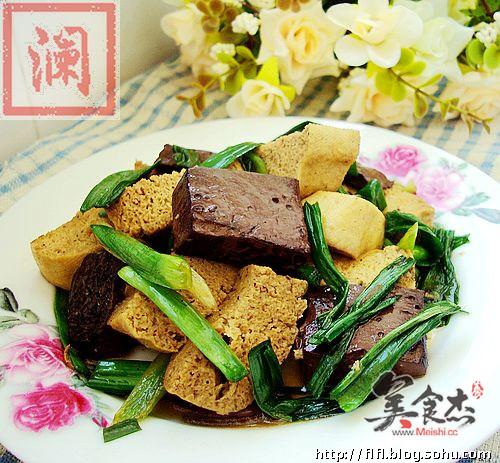 青蒜烧两样豆腐wj.jpg
