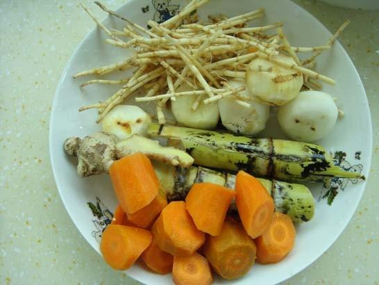 竹蔗茅根胡萝卜汤bz.jpg