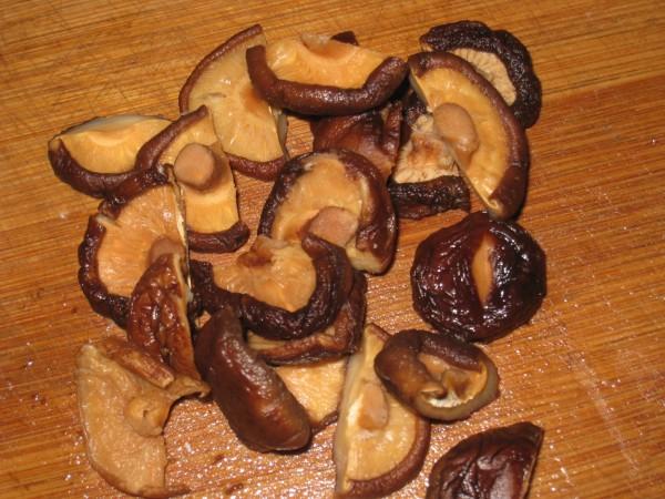 冬菇蒸排骨的做法
