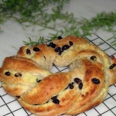 全麦椰蓉花环面包
