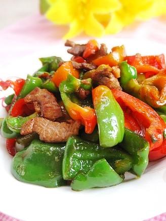 瘦肉炒菜椒的做法【步骤图】_菜谱_美食杰