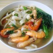 鸡毛菜鲥虾手擀面的做法
