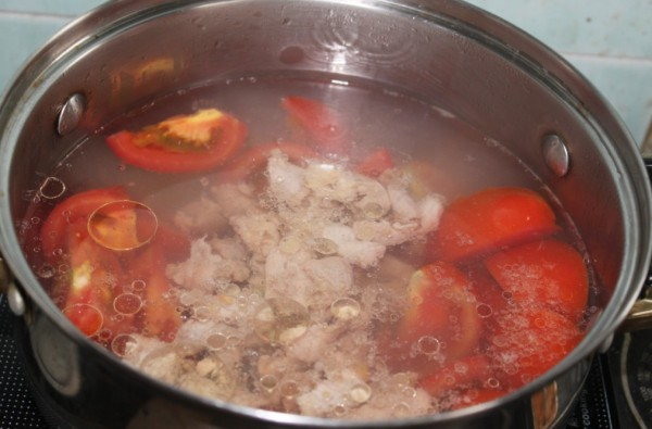 番茄猪肉紫菜汤 jJ.jpg