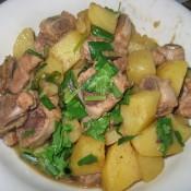 五香排骨焖土豆