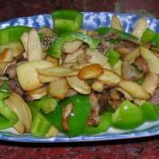 泰式咖喱鸡腿菇