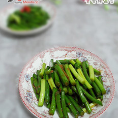 酱香蒜苔的做法