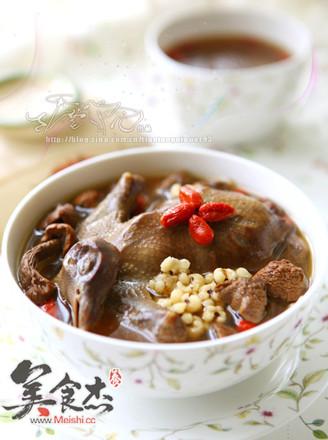 松茸乳鸽汤的做法