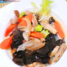 木耳海参猪肚汤的做法