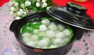 鱼丸汤的做法