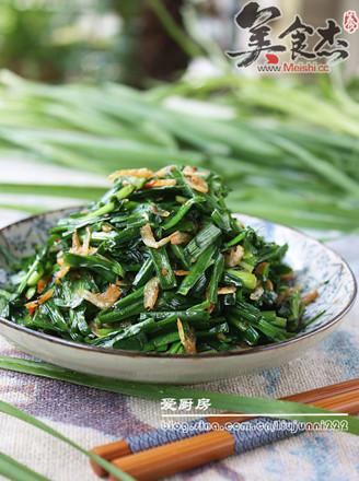 韭菜炒虾皮的做法