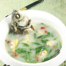 鲫鱼花蛤枸杞叶汤的做法